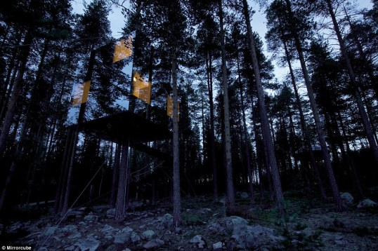 Swedish Mirrorcube, www.treehotel.se