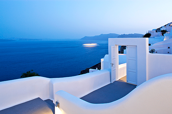 Oia, Santorini. http://www.slh.com/hotels/canaves-oia-hotel/