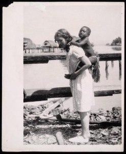 Margaret Mead doing fieldwork in Papua New Guinea. Library of Congress.