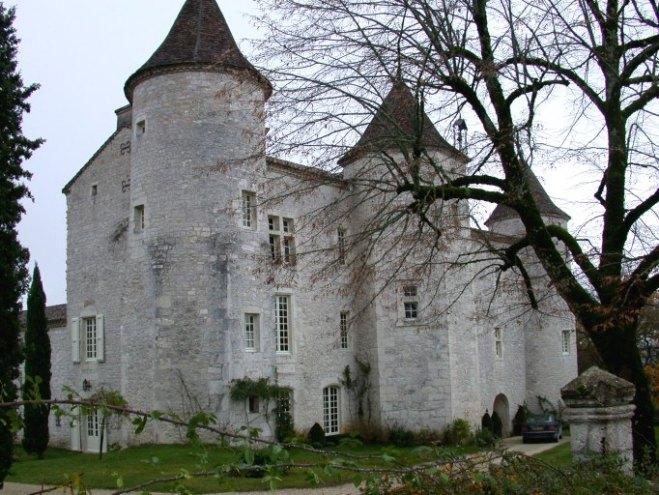 Chateau de Charry, patrimoines. midipyrennes.fr