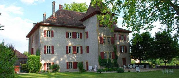 Chateau Eclepens, from mosquitos.ch