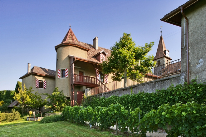 Chateau de Rochefort, from lausanne-tourisme.ch