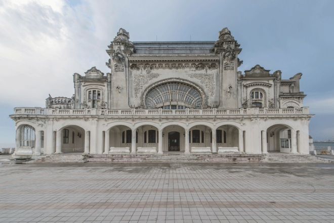 The exterior of the Constanta casino, from messynessychic.com