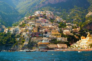 Picturesque Naples, from Raileurope site.