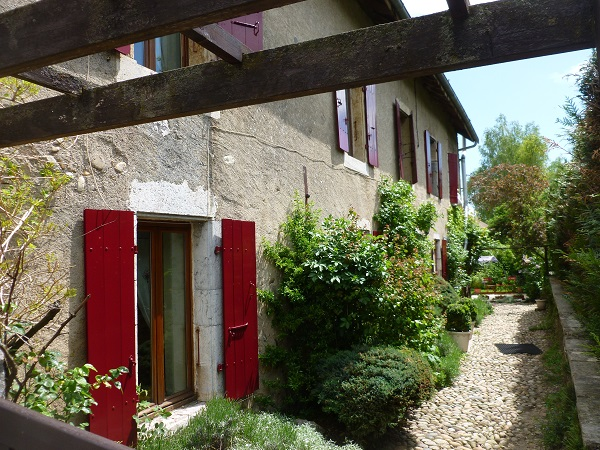 Another charming farm conversion...