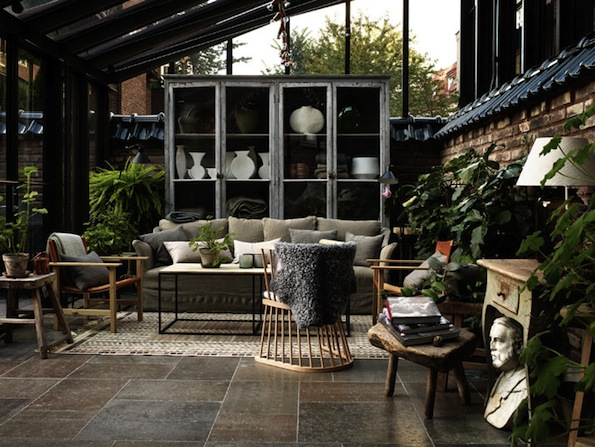 And this is what I would like my conservatory to look like, instead of the boiling in summer, freezing in winter construction with a green-slimed roof, broken blinds and dingy old carpet.