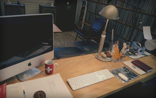 Haruki Murakami has Japanese minimalism down pat. From harukimurakami.com