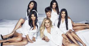I know some or all of these are Kardashians, but I have no idea who is who, sorry...